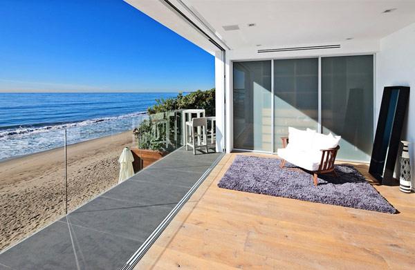 Къща в Малибу - изглед към океана
