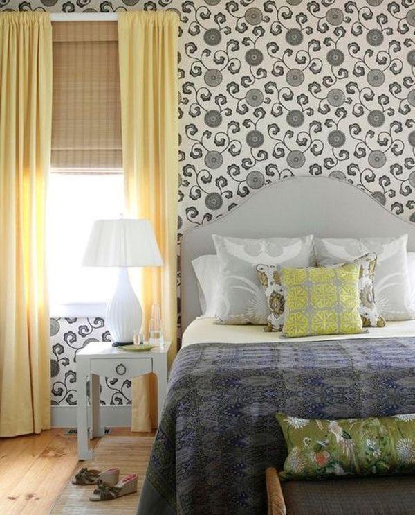 Легло с декорация в сиво и жълто