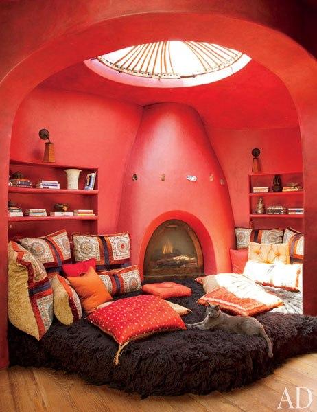 Домът на Уил Смит - стаята за медитация на Джейда Пинкет Смит
