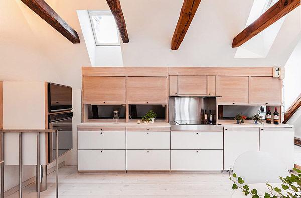 Двуетажен апартамент в Стокхолм - кухня