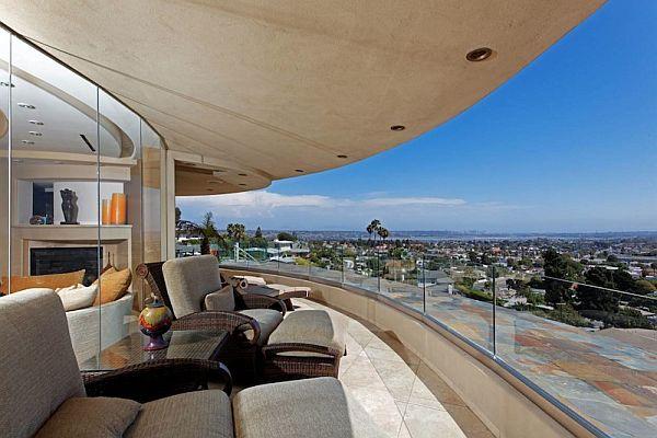 ИЗключителна резиденция - тераса с панорама