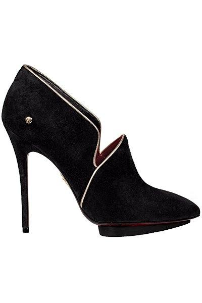 Есенна колекция обувки на Cesare Paciotti за 2012