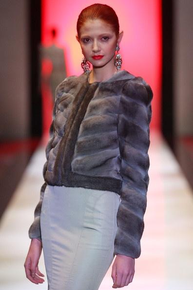 Късо палто кожа с косъм Zac Posen зима 2012