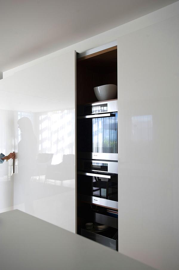 Малък апартамент в Сидни - скрита фурна