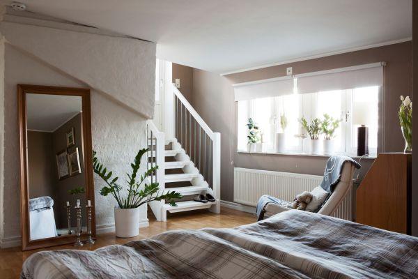 Семпъл шик апартамент - стълби