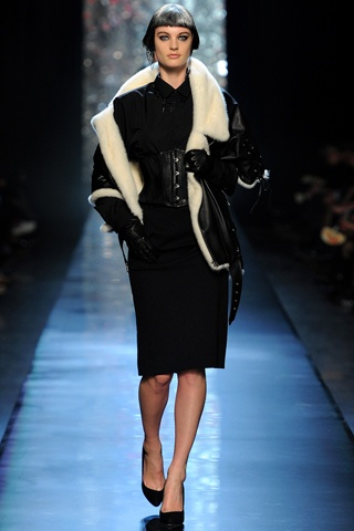 Кожено палто с мека яка Jean Paul Gaultier зима 2012 2013