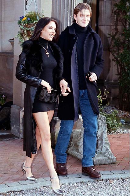 Виктория и Дейвид след обявяване на годежа си през януари 1998 г.