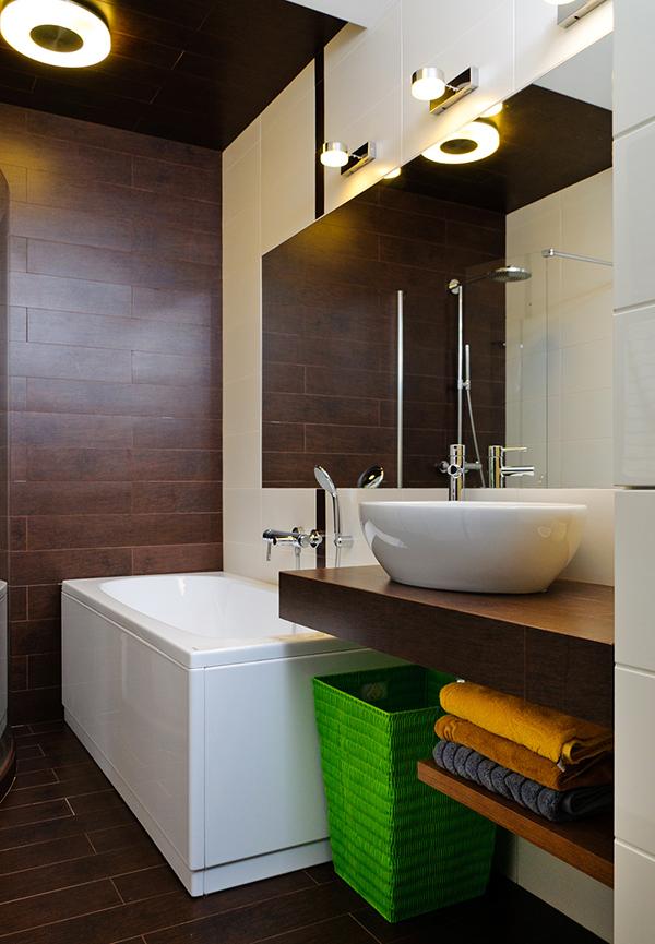 Модерен апартамент в Одеса - баня