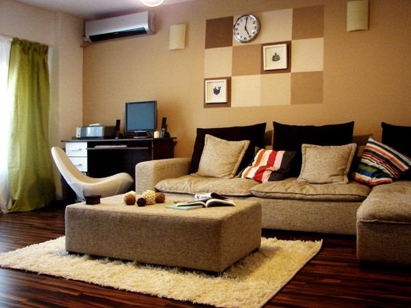 Свеж апартамент в Букурещ - диван