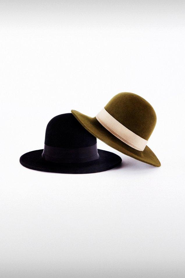Ретро зимни шапки trussardi зима 2012