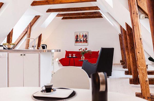 Двуетажен апартамент в Стокхолм - отворен план