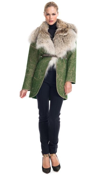 Екстравагантно зелено палто с голяма кожена яка Missoni зима 2012