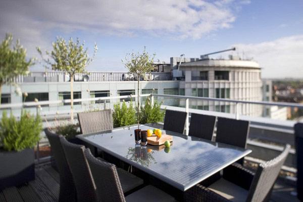 Два апартамента слети в един - тераса с гледка