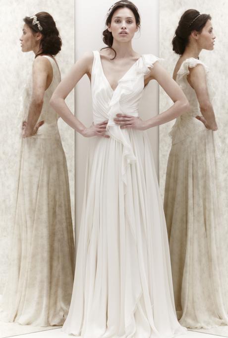 Красиво падаща рокля с остро деколте А линия Jenny Packham 2013