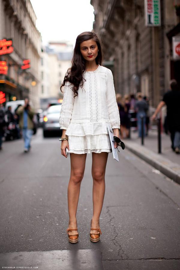 Нежна бяла рокля лято 2015
