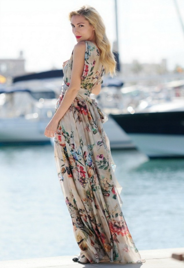 Цветна дълга рокля лято 2015
