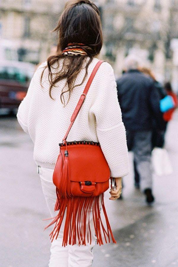 Червена чанта с ресни есен 2015