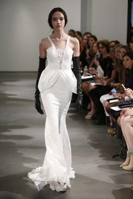 Колекция булченски рокли 2014 от Vera Wang