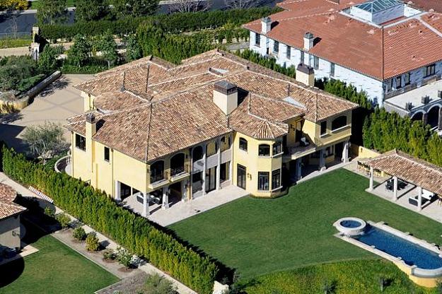 Домът на Ким Кардашиян и Кайни Уест - изглед отгоре