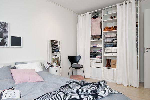 Апартамент 42 квадрата  - спалня със скрит дрешник