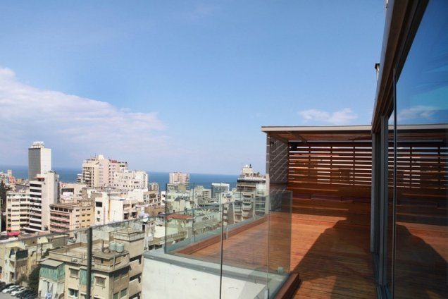 Апартамент в Бейрут с грандиозна тераса