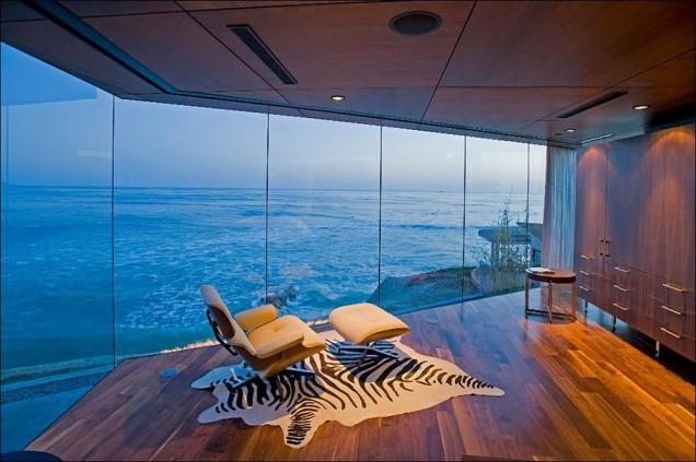 панорамна гледка на морето