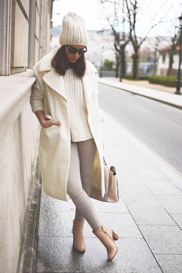 Модерно бяло палто за есен 2015
