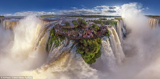 Водопади Игуаси
