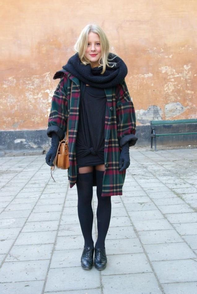 Карирано широко палто зима 2015