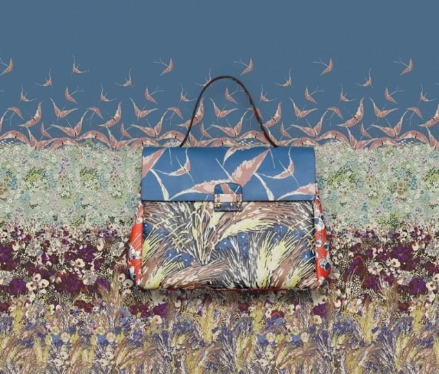 Красива и стилна чанта с флорален мотив пролет 2016