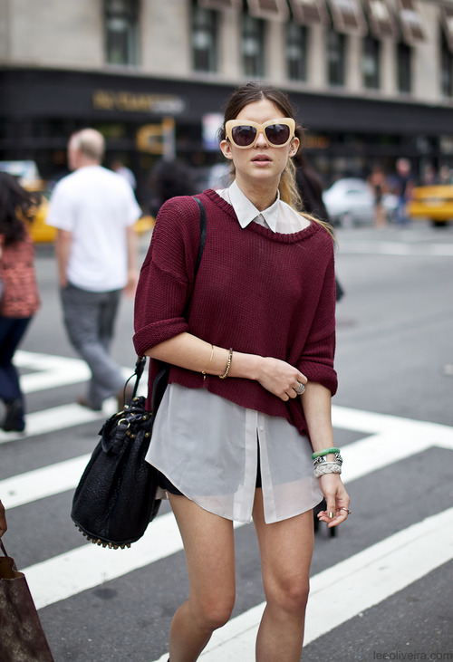 Къс пуловер бордо зима 2015