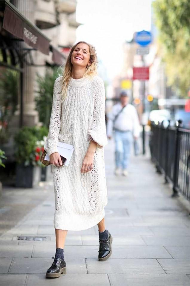 Красива и нежна дълга плетена рокля зима 2015