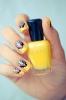 33 Красиви идеи за маникюр за жени с къси нокти (Галерия)