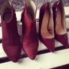Модерни обувки цвят бордо зима 2015