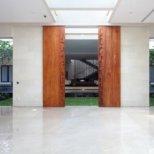 Статик Хаус - следваща врата