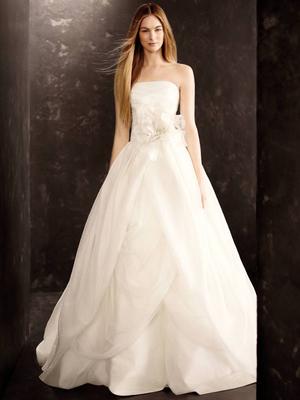 Бяло от Vera Wang за есен 2013 булченски рокли