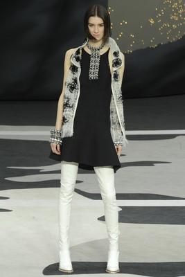 Стил за дамите от Chanel есен 2013