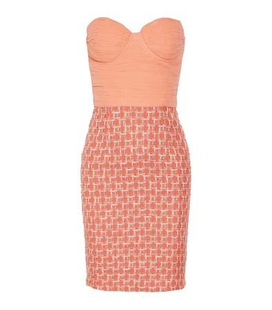 Секси рокля цвят праскова 2013