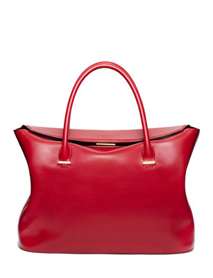 Голяма червена чанта