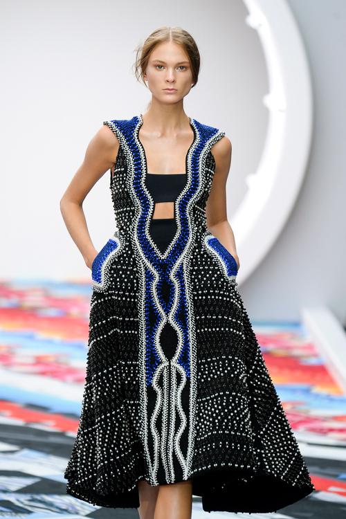 Много красива рокля 2013