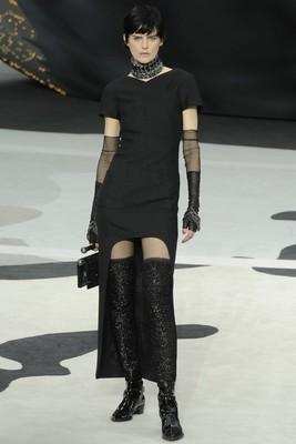 Провокативни с Chanel есен 2013