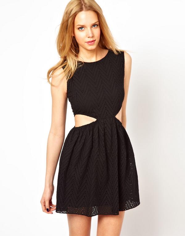 Изрязаните рокли отново на мода през 2013