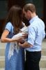 Първи снимки на бебето на Кейт и принц Уилям