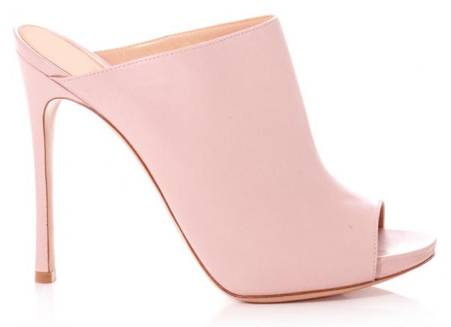 Нежни чехли в розово пролет 2016