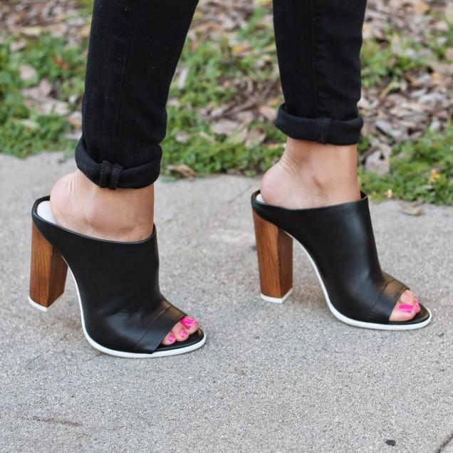 Секси и удобен модел чехли с дървен ток пролет 2016