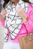 Розов пуловер в комбинация с шал в черно и бяло пролет 2016