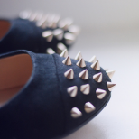 Равни обувки с шипове пролет 2016