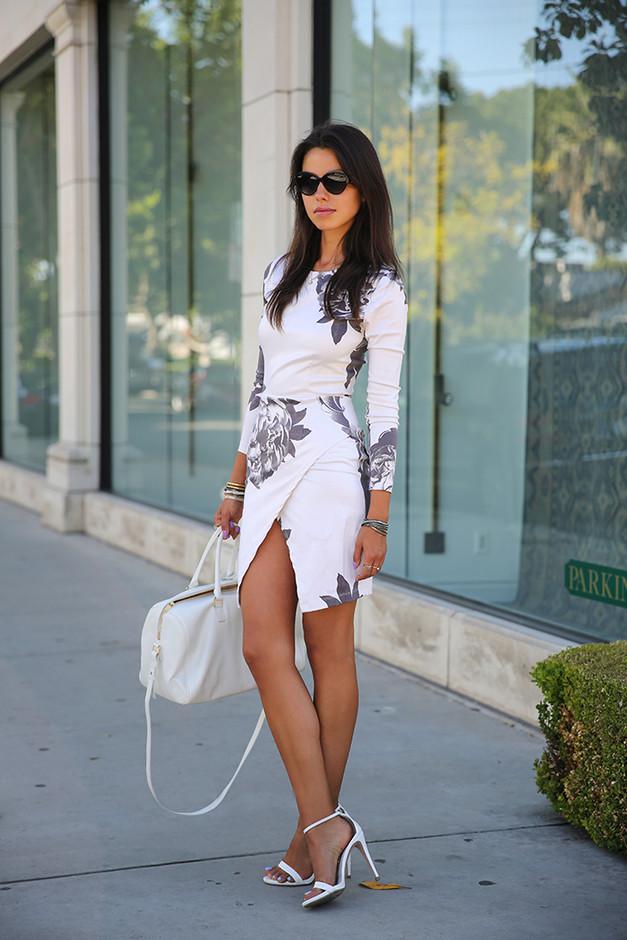 Бяла флорална асиметрична рокля пролет 2016