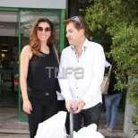 Галена Великова с бебето и мъжа й