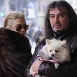 Маги Халвджиян и Кремена с кучето им